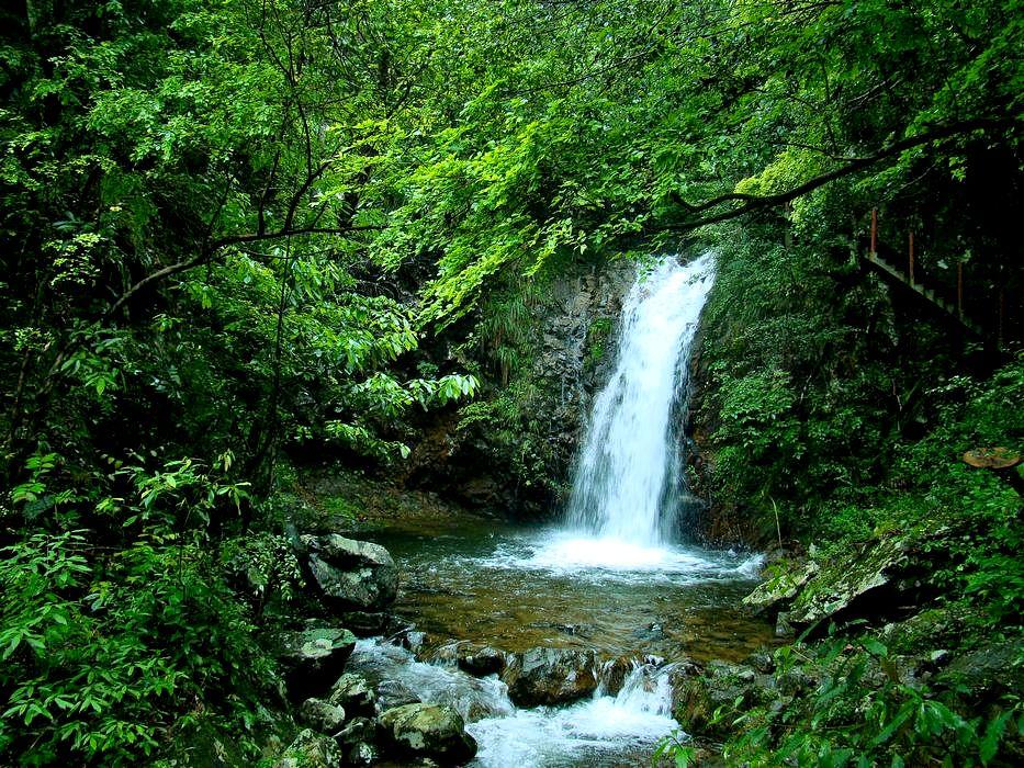 壁纸 风景 旅游 瀑布 山水 桌面 933_700